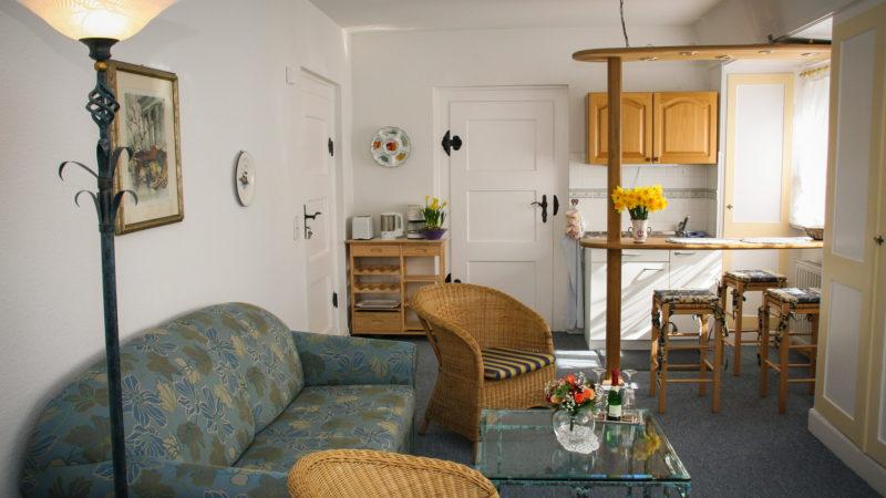Ferienwohnung Rudelsburg Wohnzimmer
