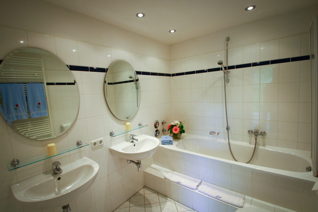 Ferienwohnung Saale Badezimmer